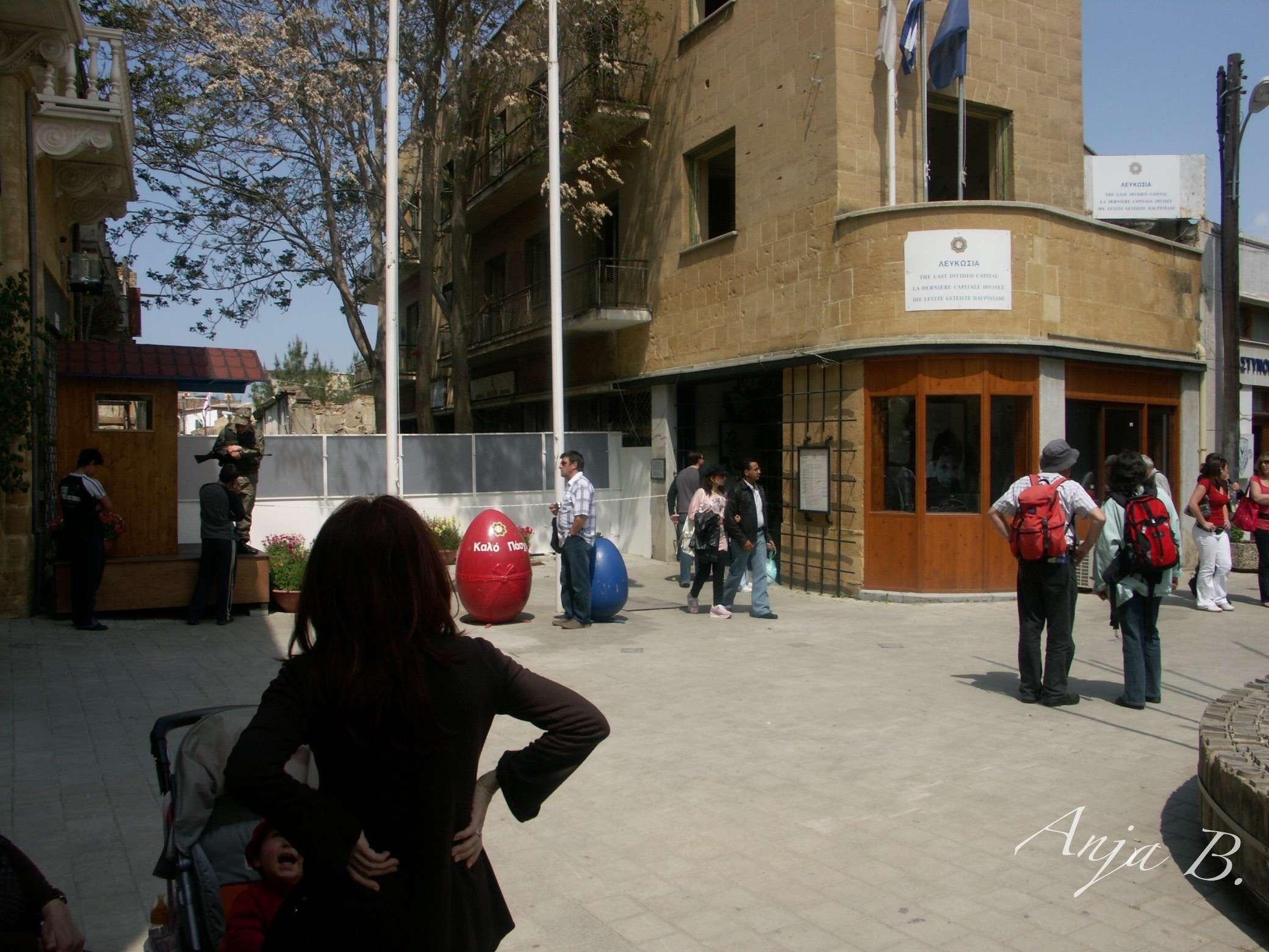 flugzeit berlin zypern